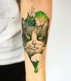 50 Elegant Animal Tattoos In Psychedelic Colors By A Polish Artist Pfau Tattoo, I Tattoo, Great Tattoos, Small Tattoos, Awesome Tattoos, Psychedelic Colors, Cat Tattoo Designs, Shading Techniques, Ink Addiction