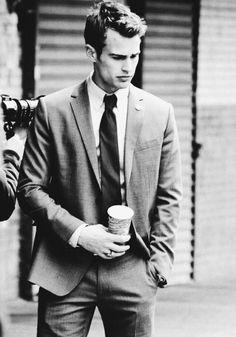 Divergent Four, Divergent Trilogy, Divergent Insurgent Allegiant, Theodore James, James 4, Theo James, Black And White Pictures, Actors & Actresses, Beautiful Men