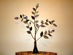 gorgeous diy leaf paper tree!!