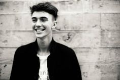 Greyson Chance Is All Grown Up and Ready For a Comeback Greyson Chance, Top Tours, Men Photoshoot, All Grown Up, Concert Tickets, Live Events, Body Image, Drawing People, Cute Guys