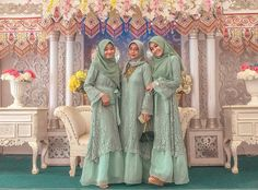 Dress Brukat, Hijab Dress Party, Hijab Style Dress, Pakistani Fashion Casual, Pakistani Outfits, Muslim Fashion, Hijab Fashion, Kebaya Modern Hijab, Kebaya Lace