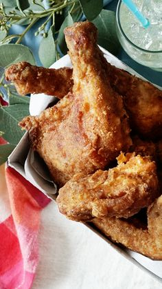 Kentucky Fried Chicken Style Chicken, recipes, While KFC& seasoning may be a closely guarded secret, we think we& unlocked it with our fried-to-perfection take on it. Meat Recipes, Cooking Recipes, Seafood Recipes, Cooking Toys, Chicke Recipes, Cooking Rice, Cooking Gadgets, Cooking Videos, Restaurant Recipes