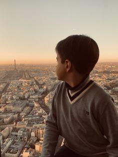 #paris #parisian #eiffeltower #parisview #parisfrance #parisianstyle Parisian Style, Paris France, Men Sweater, Tower, Instagram, Rook, Computer Case, Men's Knits, Paris Style