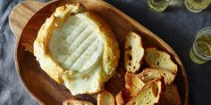 Skip the cheese plate and opt for a simple, oozy baked Brie that anyone can make -- and everyone will enjoy....