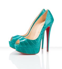 That is a great color pop!!! I'd rock these every where!