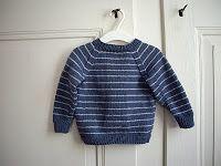 Anleitungen: Baby Raglan Jumper - Knitting For Kids Cardigan Bebe, Baby Boy Cardigan, Knitting Patterns Boys, Baby Sweater Patterns, Crochet Patterns, Crochet For Boys, Crochet Baby, Crochet Pullover Pattern, Raglan Pullover