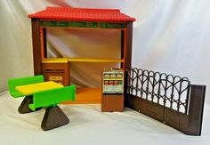 Vintage Mattel Barbie Love McDonald's Restaurant Play Set 5559 #Mattel