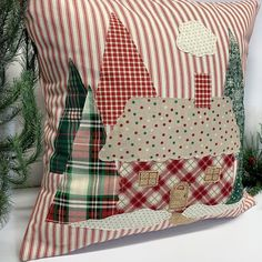 what backpack diaper bags to buy Christmas Cushions, Christmas Pillow Covers, Christmas Cover, Christmas Sewing, Plaid Christmas, Christmas Tree, Cabin Christmas Decor, Christmas Decorations, Mundo Hippie