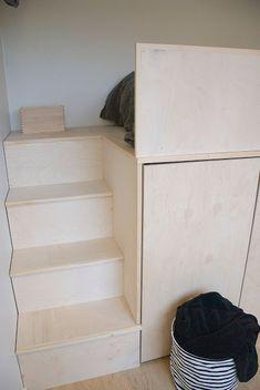 talo markki - loft bed