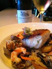 Pinot Blanc, Steamed Clams, Island Food, Fresh Garlic, Just Cooking, Blue Mountain, Vancouver Island, White Wine, Restaurants