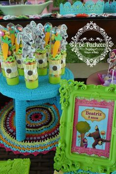 Masha e o Urso para Beatriz! - Bê Pacheco Shrek, Marsha And The Bear, Bear Party, Bear Doll, Some Ideas, Alice, Diy And Crafts, Picnic, Birthdays