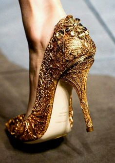 Gold Heels. This would look amazing with all my Indian outfits.