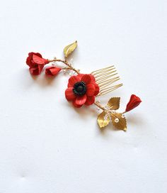 Red Poppy and Leaves Branch Hair Comb. Red Anemone and Leaves Hair Comb. Leaves and Floral Headpiece Red Poppies, Red Flowers, Flowers In Hair, Flower Hair, Daisy Necklace, Drop Necklace, Stud Earrings, Diy Tiara, Red Anemone