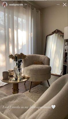 Home Room Design, Dream Home Design, Home Interior Design, Room Ideas Bedroom, Home Decor Bedroom, Living Room Decor, Apartamento New York, Aesthetic Room Decor, Apartment Interior