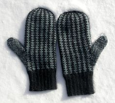 Manly mitts - Men's mittens with allover stranded design - by Elisabeth Morrison