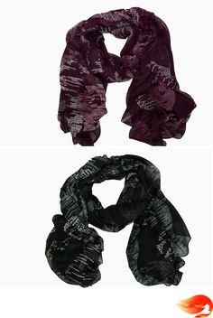 Fular con estampado de circúlos. Color granate y negro. #fular #scarf #granate #negro #black.
