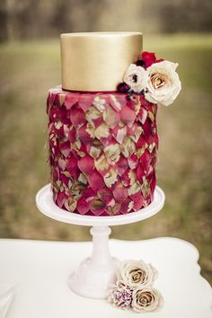 Marsala Wedding Inspiration: Pantone Color of the Year!
