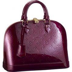 It's All About The Color Plum #Fashion #Trusper #Tip