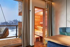 """Die hauseigene Sauna in der Suite """"Nagelfluh"""" Spring Break, Paradise Pools, Infinity Pool, Cool Pools, Windows, Places, Home Decor, French Alps, Large Windows"""