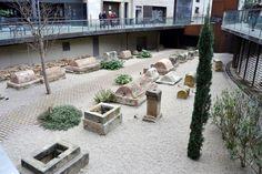 (R10) VIA SEPULCRAL ROMANA (Museu d'Història de Barcelona) MUHBA   Foto: Yeagov C