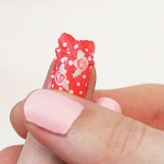 Make your own nail wraps using nail polish! Did you know this was possible? And they don't peel off!