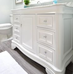 modern bathroom makeover with white vanity and marble top Condo Bathroom, White Vanity Bathroom, Bathroom Renos, Grey Bathrooms, Modern Bathroom, Small Bathroom, Washroom, Bathroom Ideas, 48 Vanity