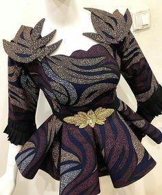 African Ankara Peplum Blouse For Every Woman Latest African Fashion Dresses, African Dresses For Women, African Print Fashion, African Attire, African American Fashion, Ankara Peplum Tops, Peplum Blouse, Ankara Mode, African Print Dress Designs