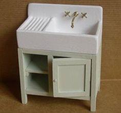 Miniatures et maisons de poupees : ma vieille maison