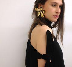 Rosie Assoulin Single Flower Earring spring 2015