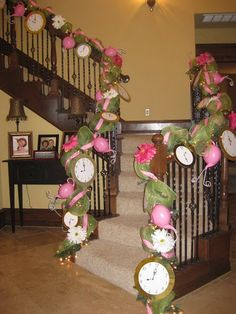 I think this would look great on the pergola for Alice wonderland party. www.prettifyyourlife.blogspot.com