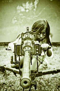 """""""Você não vai enganar os filhos da revolução"""".  (Foto por Andy Teo)"""