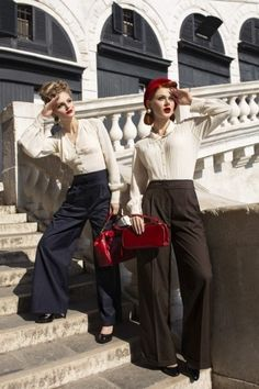 Our Womens Authentic Vintage Style Tailored Trousers. Look fabulous in these totally Authentic Womens High Waist Tailored Trousers in the finest pinstripe tailoring fabric. 1940s Fashion Women, Urban Fashion Women, Office Fashion Women, Vintage Fashion, Fashion Edgy, Retro Fashion, Vintage Mode, Style Vintage, 1940s Style