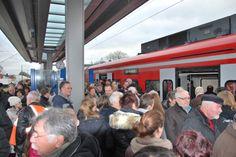 Am Bahnsteig in Heinsberg war das Gerdänge groß - es herrschten Verhältnisse wie in Tokio ;-)