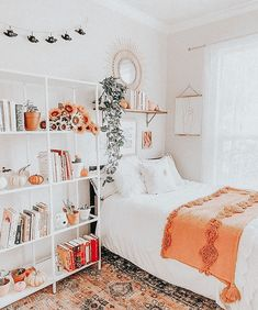 Small Room Bedroom, Bedroom Decor For Teen Girls, Cute Bedroom Ideas, Room Ideas Bedroom, Teen Room Decor, Room Decor Bedroom, Small Rooms, Boho Teen Bedroom, Bedroom Inspo