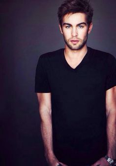 Chase Crawford hot