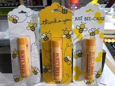 Lip Balm Packaging, Gift Packaging, Honey Bee Box, Beeswax Lip Balm, Eos Lip Balm, Bee Gifts, Craft Show Ideas, Party Favor Bags, Paper Gifts