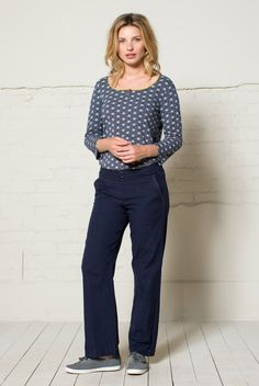 Women's Cotton Trousers are a wardrobe essential. Cool cotton trousers in textured fabric. Flat front and stretch back waist, covered buttons and lace trim pockets. Team up with one of our colourful summer tops.