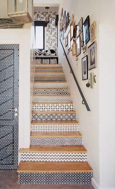 Verwandle deine eintönige Treppe in etwas Schönes mit diesen 14 DIY Bastelideen! - DIY Bastelideen