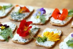Edible flowers-reminds me of the Folkl wedding.