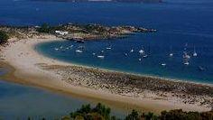 La Playa de Rodas, en las Islas Cíes, ha sido nombrada en varias ocasiones como mejor playa del mundo, constituye un entorno idílico y aislado. FOTÓGRAFO: MANUEL MARRAS