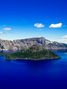 Crater Lake National Park in Oregon. It's crazy beautiful and actually looks like this! We must go