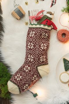Winter Snowflakes Stocking by Donna Kay, Interweave Knits Holiday Dale Garn Daletta. Knitted Christmas Stocking Patterns, Knitted Christmas Decorations, Knitted Christmas Stockings, Christmas Knitting, Christmas Crafts, Christmas Patterns, Christmas Ideas, Crochet Christmas, Christmas Balls