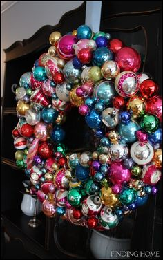 Vintage Christmas Ornament Wreath...Condensing my ornaments this year and going to make one of these for sure!