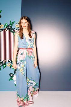 Sass & Bide Resort 2015 Fashion Show - Maria Bradley Colorful Fashion, Unique Fashion, Pretty Outfits, Cool Outfits, Fashion Show, Fashion Outfits, Fashion Design, Women's Fashion, Sass And Bide