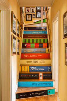 Book Staircase, Staircase Design, Staircase Ideas, Staircase Landing, Painted Staircases, Painted Stairs, Spiral Staircases, Home Goods Decor, Diy Home Decor Projects