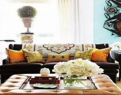 Tips To Select Decorative Sofa Pillows For Clic Lanewstalk