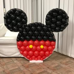 We present to you a new system of decoration frames for wonderful balloon decorations. Balloon Decorations, Birthday Decorations, Minnie Mouse Balloons, Fused Glass Bowl, Backyard Seating, Number Balloons, Alphabet And Numbers, Ballon, The Balloon