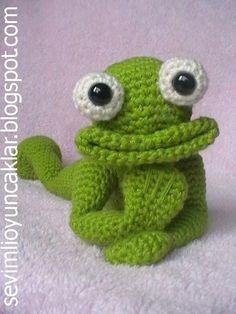 Patrón amigurumi Frog por Denizmum en Etsy