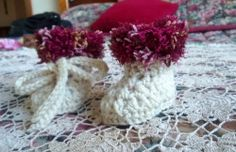 Crochet Baby Boots-Newborn-Fancy Top-Cream/Red