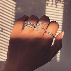 Jewelry King, Hand Jewelry, Moon Jewelry, Pandora Jewelry, Cute Jewelry, Jewelry Accessories, Cheap Jewelry, Women's Jewelry, Jewelry Findings